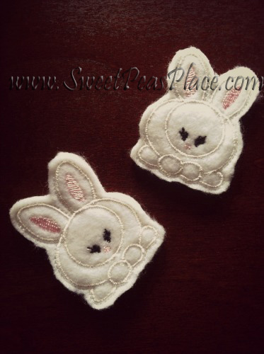 Bunny Sitting for Felt Embroidery Design