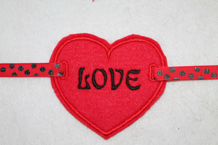 Love is a work of heart november applique quilting brandywine