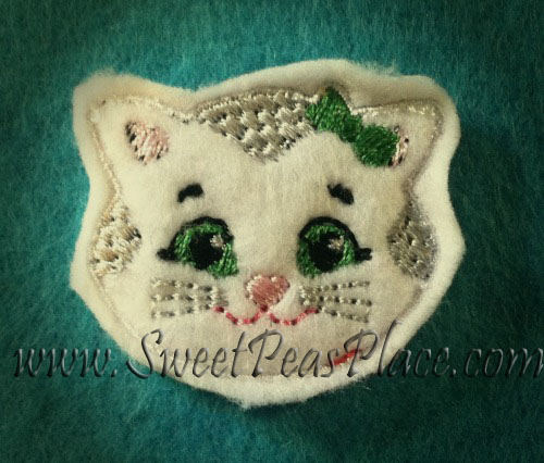 Kitty for Felt Applique Embroidery Design